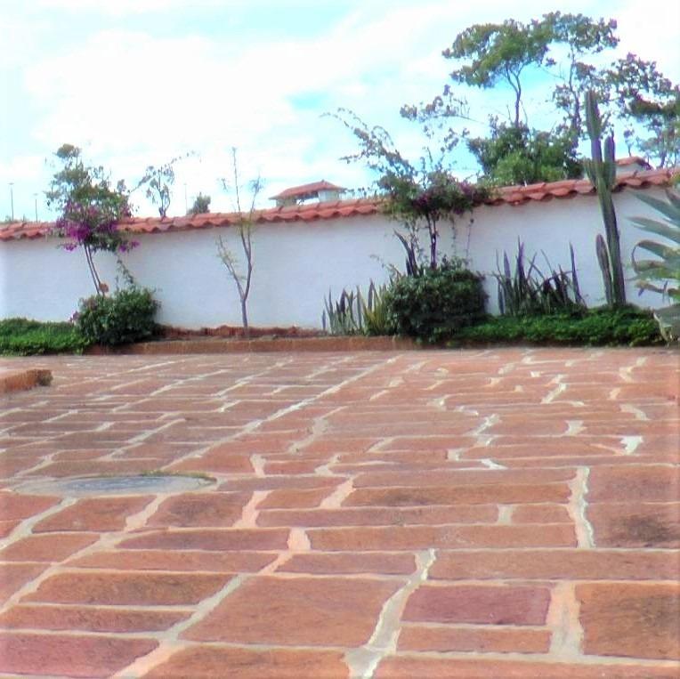piedra barichara pisos