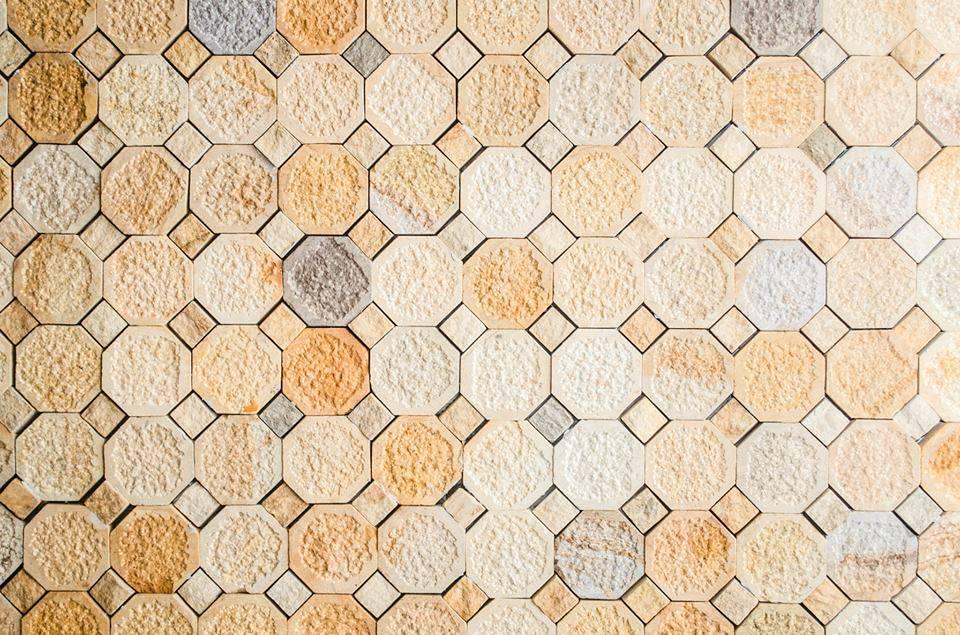 tocetos hechos de piedra natural