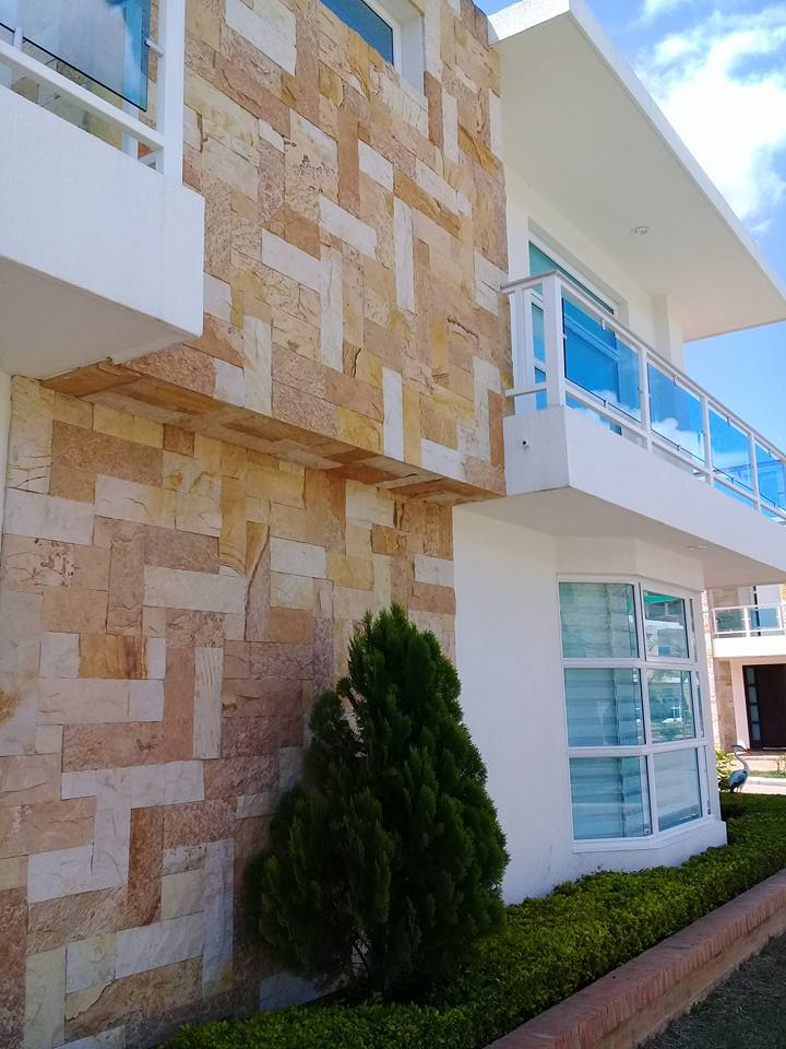 paneles en piedra rústica pared exterior